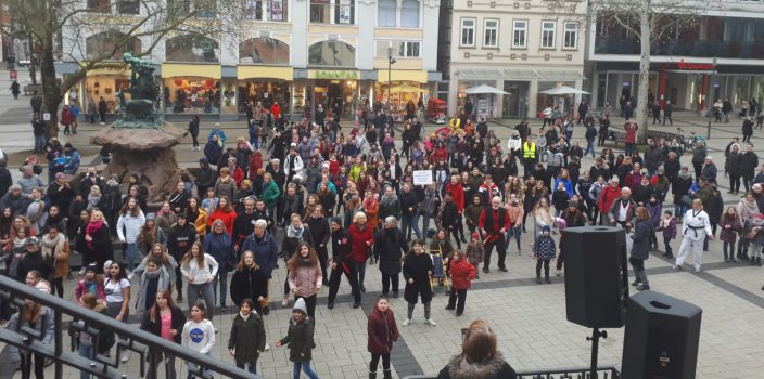 """One Billion Rising 2020"" in Detmold"